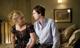Bates motel episodio 2x02: Nice Town You Picked, Norma...