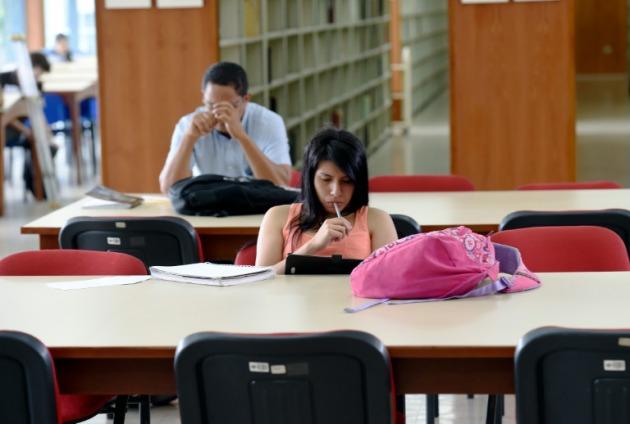 Condiciones De Docentes Universitarios En Uruguay